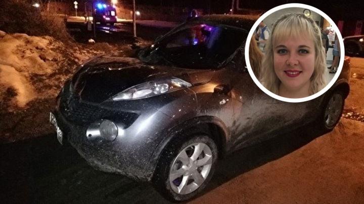 Следователи обвинили женщину, дважды переехавшую людей в Белоярском, в попытке убийства