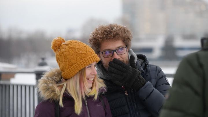 «Пора вводить понятие военной урбанистики»: Варламов высмеял Высокинского за слова про электробусы