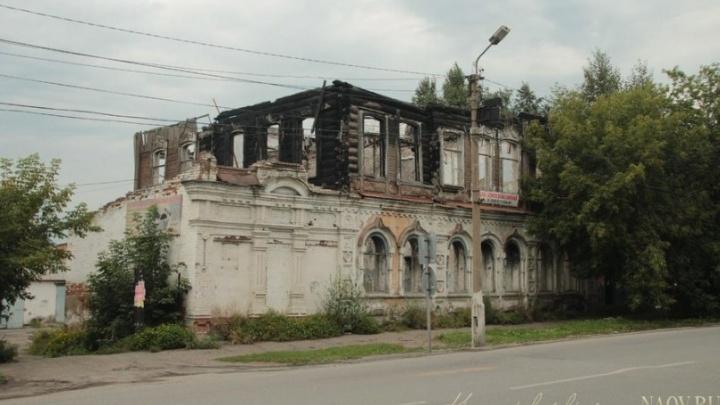 Глава Ачинска попросил премьера Медведева помочь сохранить ветхие исторические здания в городе