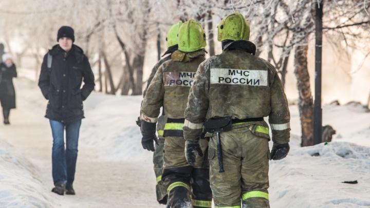 «Покурил и бросил бычок»: в Ленинском районе загорелся балкон многоэтажного дома