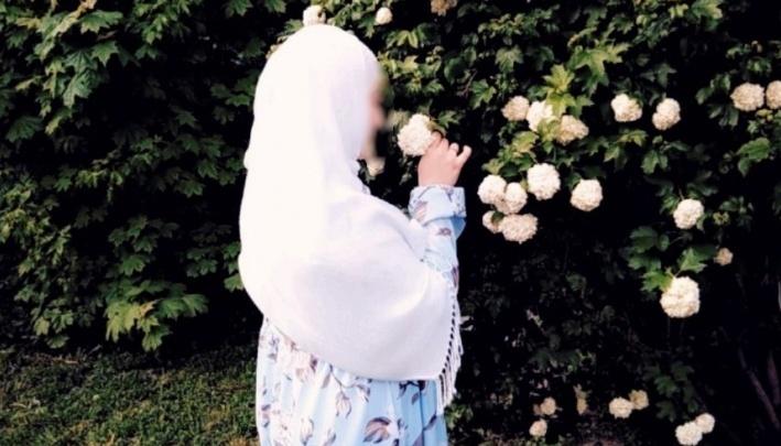 Суд отказал девушке, которая требовала от колледжа 50 тысяч за запрет ходить в хиджабе