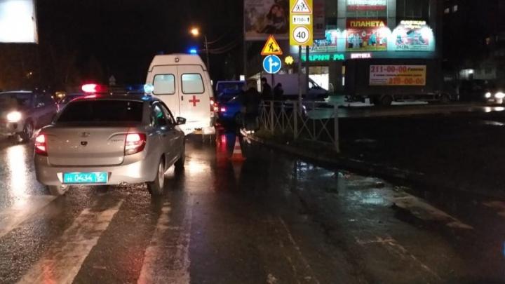 Эвакуатор насмерть сбил пешехода в Калининском районе