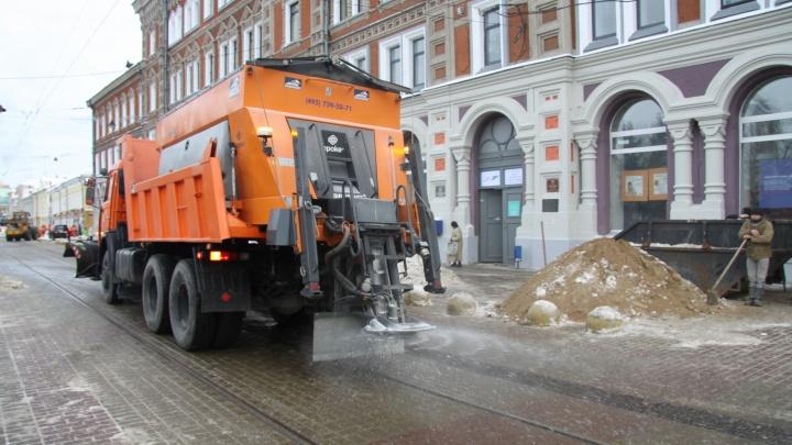 Нижегородские дорожные службы перешли на повышенный режим готовности к снегопаду, а его всё нет