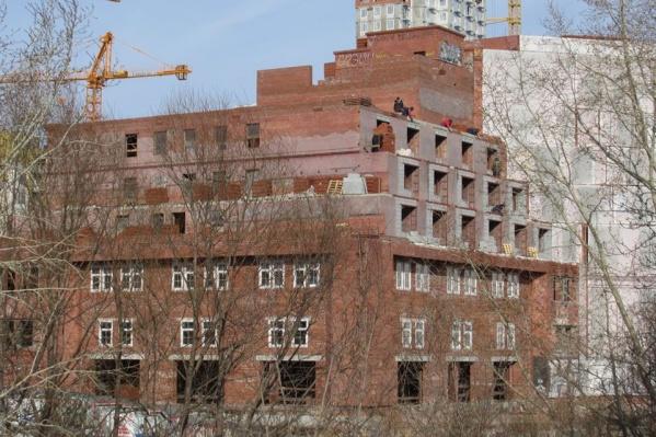 Интересно, что деньги на это выделены в рамках подготовки к 300-летию Екатеринбурга