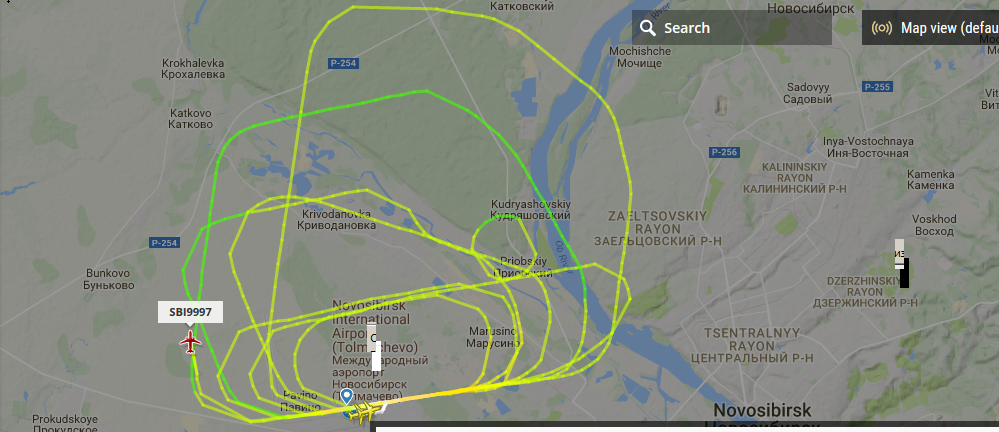 Траектория полёта на сервисе flightradar24.com
