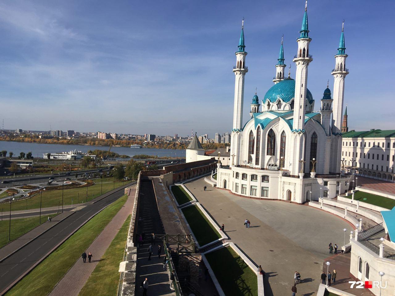 Вид со стены Казанского кремля
