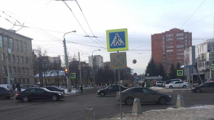 Стой, впереди затор: в Уфе на улице Пархоменко поставили новый знак