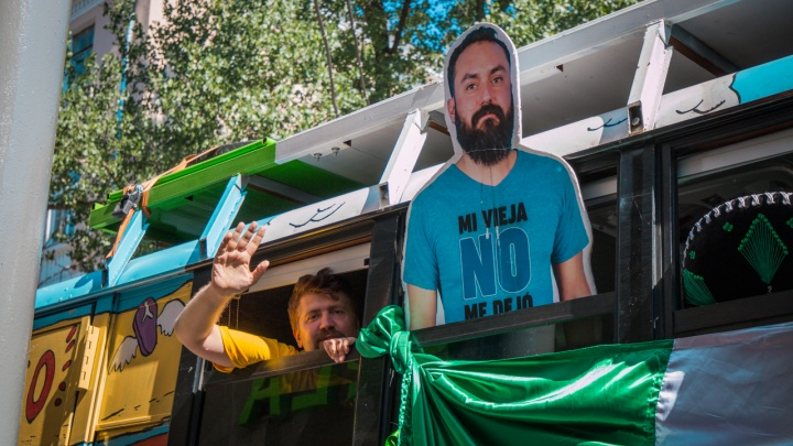 Смущали стюардесс, убирали мусор, кричали «Россия обалденна»: чем болельщики запомнились ростовчанам