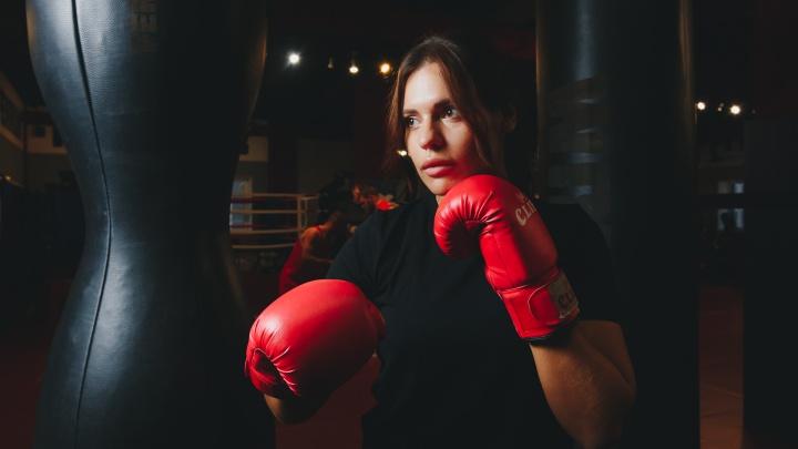После боксирования она поёт: история девушки, чья жизнь в бойцовском клубе поделилась на две части