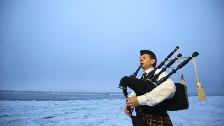 «В килте видят мужика в юбке»: единственный волынщик в Волгоградской области 20 лет шёл к мечте
