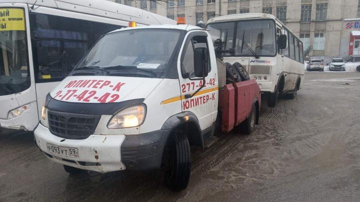 В Перми началась операция «Автобус»: ГИБДД будет проверять водителей и состояние машин