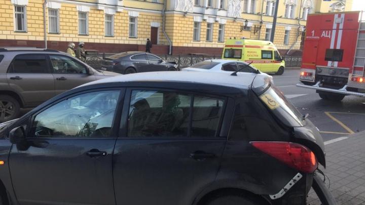 «Там была лужа крови»: в ДТП в центре Ярославля пострадали люди