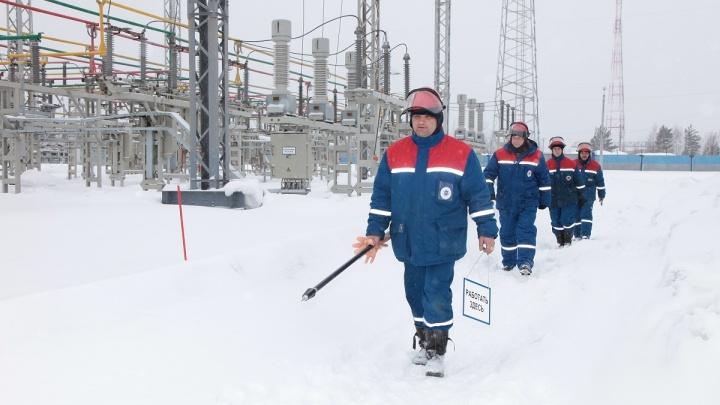 Специалисты «Красноярскэнерго» оперативно устраняют последствия сильного ветра в Красноярске