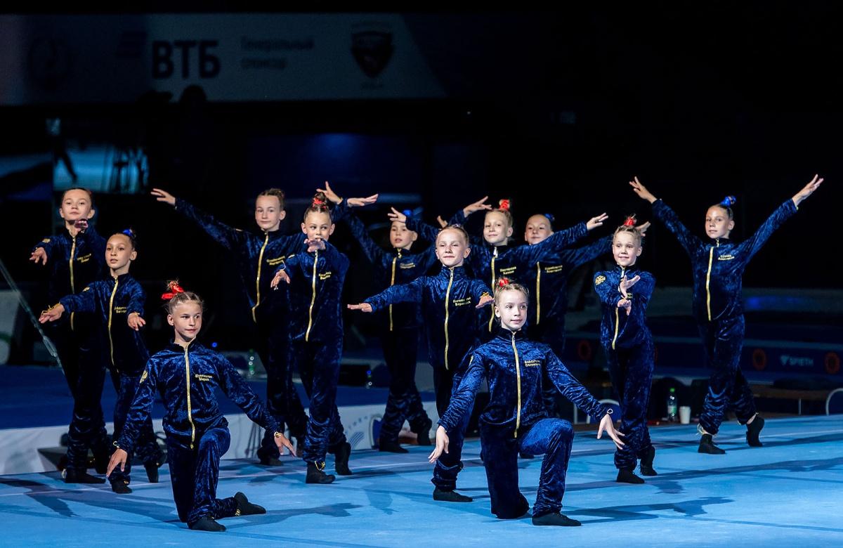 Сильные, как тигр, гибкие, как рысь: в Челябинске выступили звёзды спортивной гимнастики
