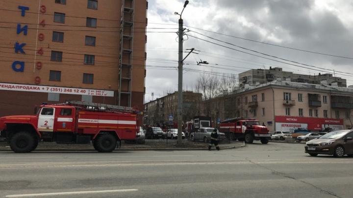 «Дым валил с потолка в раздевалке»: в челябинском фитнес-клубе назвали причины пожара