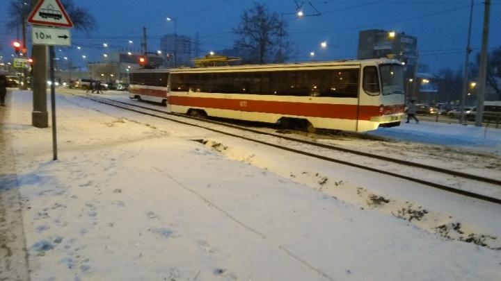 Виновных в сходе трамвая с рельсов на Ново-Садовой наказали рублем