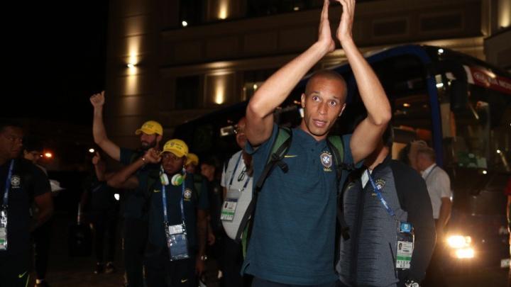 «Для болельщиков это уже праздник»: сборная Бразилии прибыла в Самару на матч с Мексикой