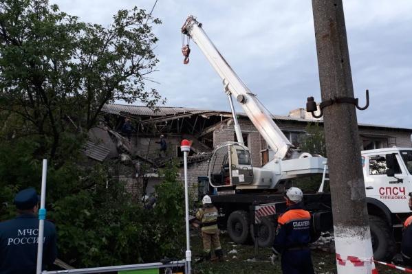 Спасатели работали на месте всю ночь