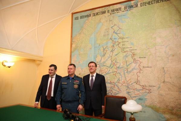 Слева направо: Хинштейн, Зиничев и Азаров договорились «перезагрузить» бункер Сталина