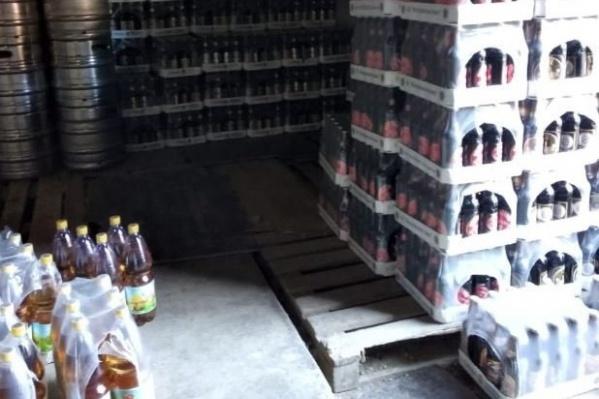 Кроме пива на складе нашли и лимонад