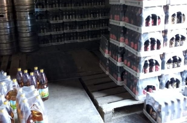 Море пива: в Самаре накрыли подпольный склад алкоголя