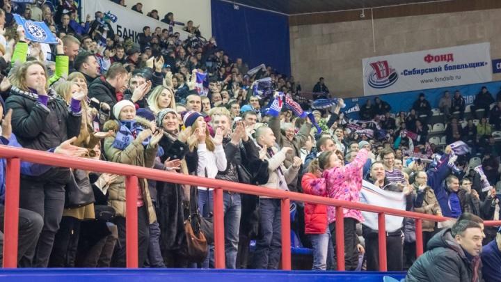 Ползарплаты за хоккей: ЛДС «Сибирь» открыл продажу абонементов на новый сезон