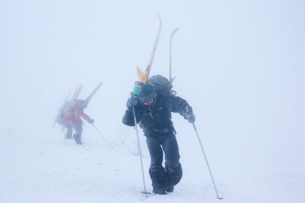 Как не потеряться зимой в снежных горах