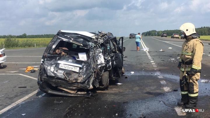 Массовая авария возле «Миловского парка» в Уфе: помощь врачей потребовалась четверым