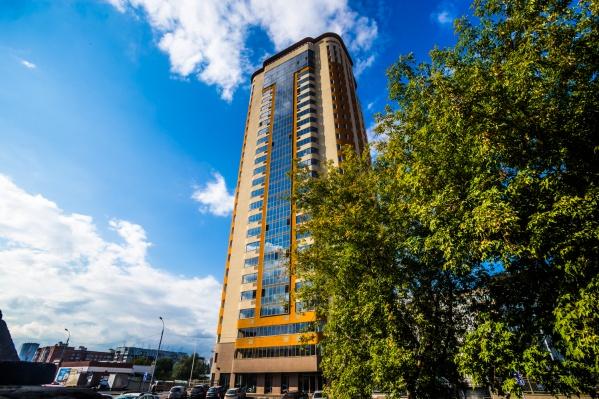 Кирпичную «свечку» высотой 26 этажей построили за 2,5 года