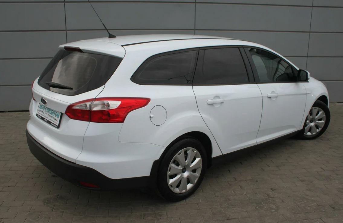 За стоимость новой Granta на вторичном рынке можно купить Focus в кузове «универсал»