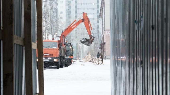 Школа без отопления, юрфак без воды: где в Архангельске пройдут ремонты на сетях 13 января