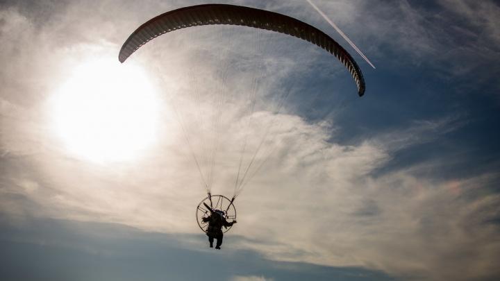 Новосибирский парапланерист погиб при прыжке с парашютом в Турции