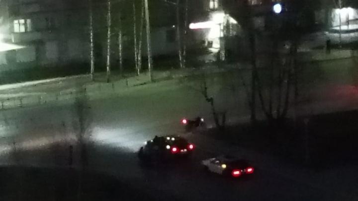 В Тобольске две 15-летние девушки на скутере попали в аварию