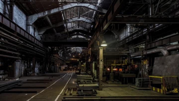 «Пока никого не увольняем»: волгоградский «Красный Октябрь» в разорении готовится отметить 120-летие