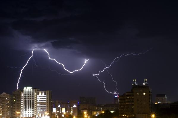 Гроза 5 июля в Новосибирске