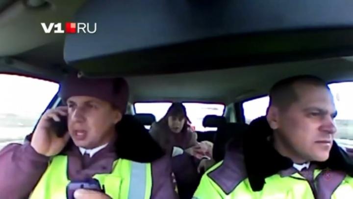 Появилось трогательное видео спасения полицейскими двухлетнего ребенка в Волгограде