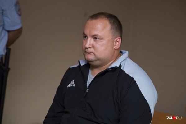 Экс-начальника следственного управления УМВД Челябинска Василия Потехина обвиняли по двум статьям и называли организатором всей аферы<br>