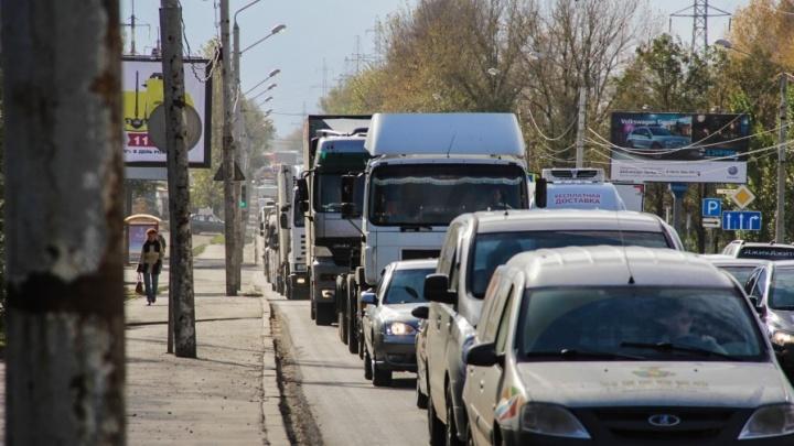 Осторожно, заторы на дорогах: Ростов сковали восьмибалльные пробки
