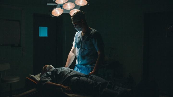 Был при смерти: в Тюмени спасли пациента с гангреной кишечника