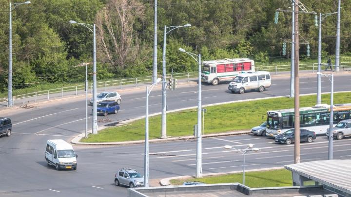 Зеленый будет гореть всегда: светофоры около Центрального автовокзала снабдят стрелками
