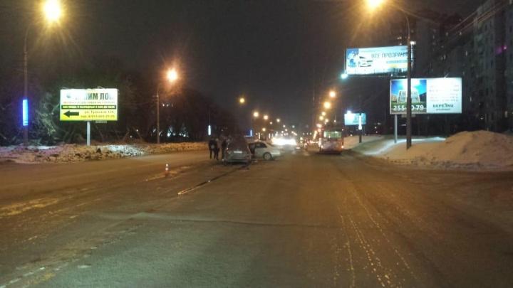 ГИБДД рассказала о травмах пострадавших в вечерней аварии на Ватутина