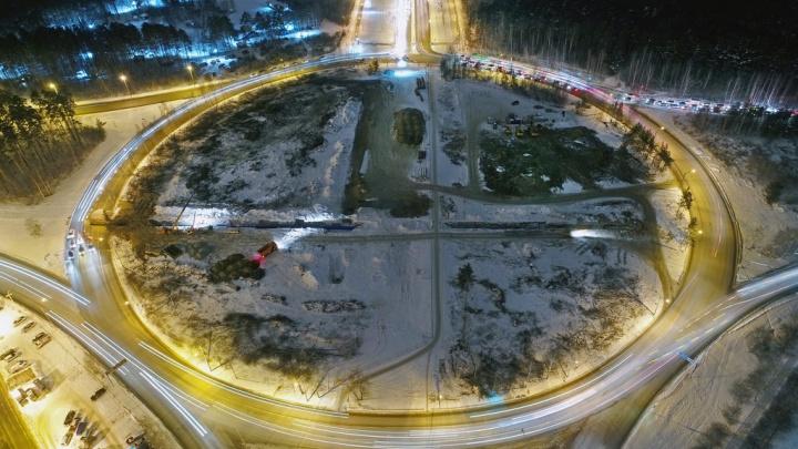 «Внутри все вырубили, растительности не осталось»: как реконструируют кольцо на Серафимы Дерябиной