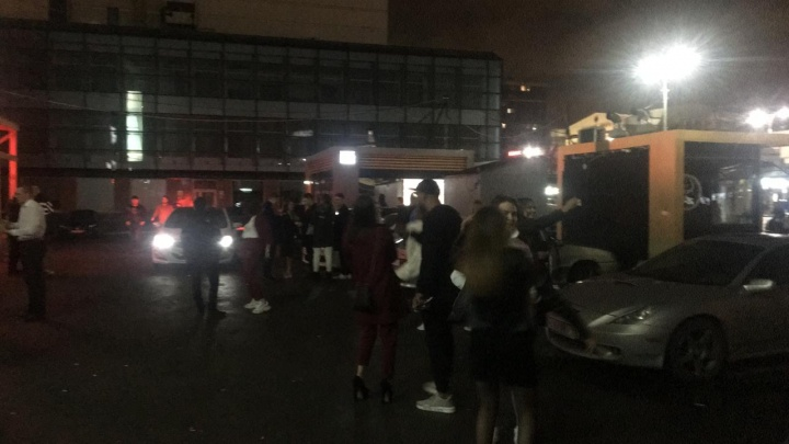 «Дышать было невозможно»: на финальной вечеринке в баре «Юность» разбрызгали перцовый газ