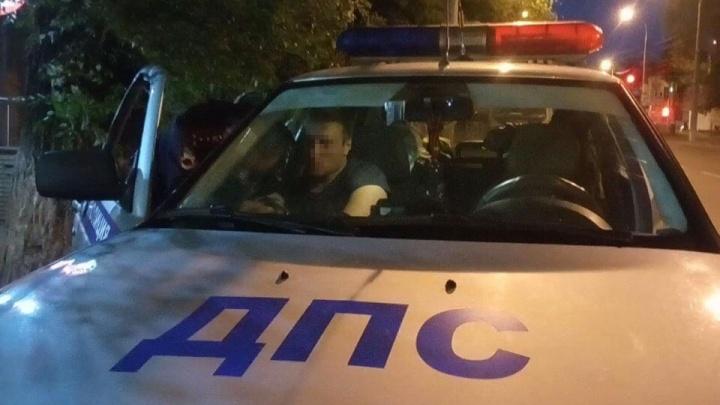 В Самаре задержали пьяного водителя, который катал 3-летнего сына на машине