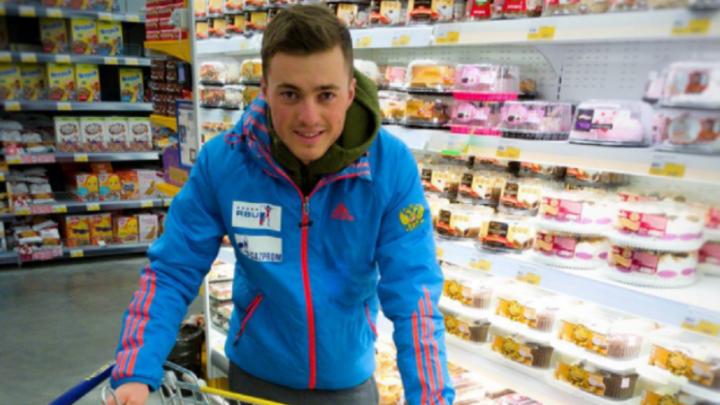 Уфимский биатлонист Антон Бабиков отказался от сладкого ради больных детей