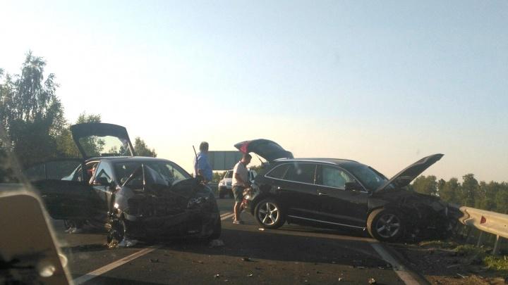 На Аэропортовском шоссе столкнулись «Шкода-Октавия» и«Ауди-Q5»