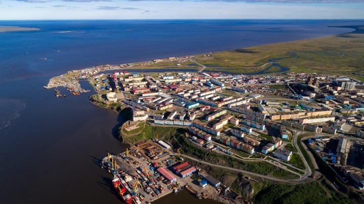 Новосибирский фотограф Слава Степанов опубликовал снимки самого восточного города России с высоты