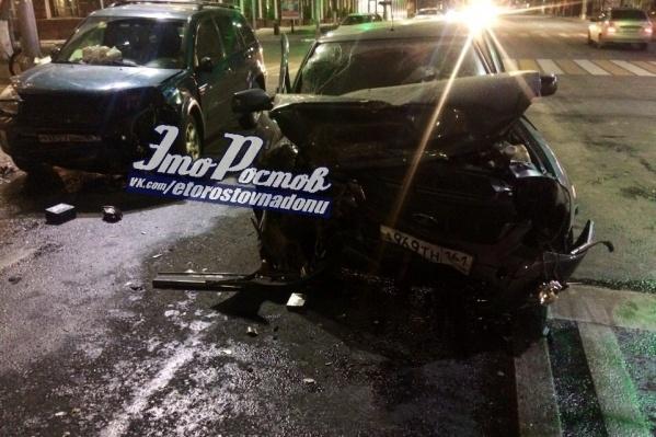 Автомобили полностью разбиты