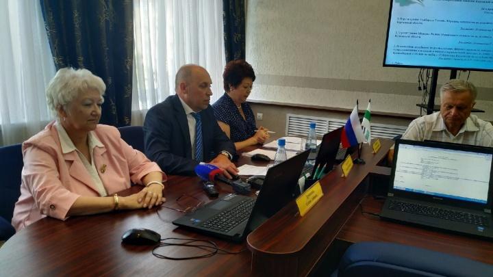 Два кандидата в губернаторы Курганской области прошли регистрацию