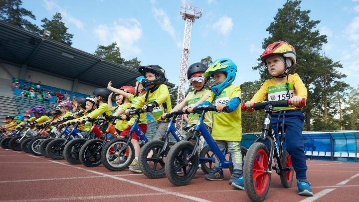 На старт «Зеленого Марафона» в Челябинске вышло 1200 детей